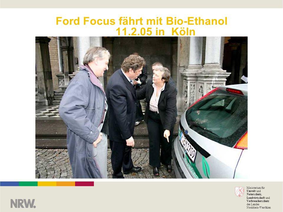 Ford Focus fährt mit Bio-Ethanol 11.2.05 in Köln