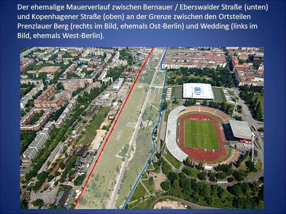 Der ehemalige Mauerverlauf zwischen Bernauer / Eberswalder Straße (unten) und Kopenhagener Straße (oben) an der Grenze zwischen den Ortsteilen Prenzlauer Berg (rechts im Bild, ehemals Ost-Berlin) und Wedding (links im Bild, ehemals West-Berlin).