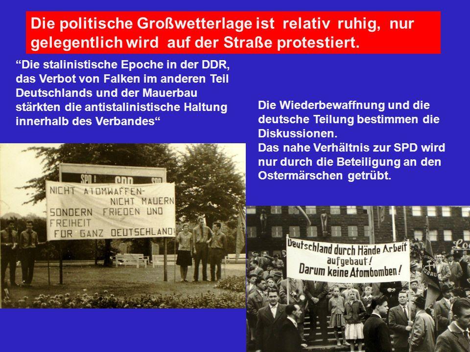 Die politische Großwetterlage ist relativ ruhig, nur gelegentlich wird auf der Straße protestiert.