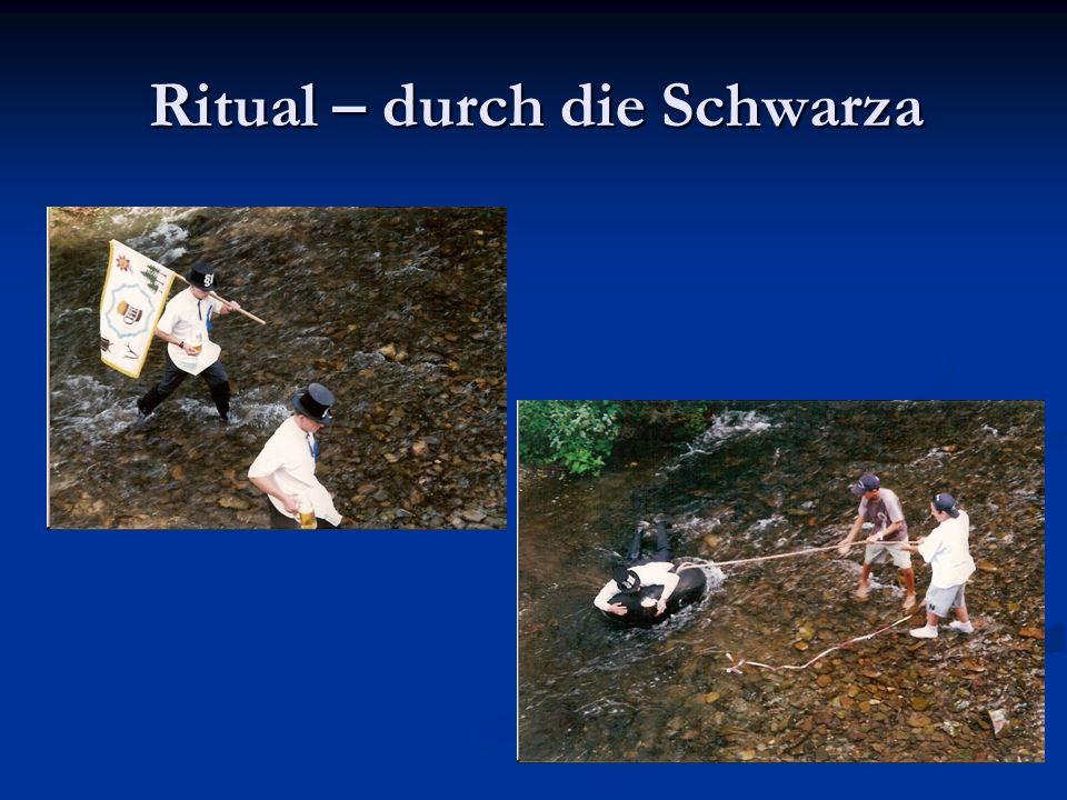 Ritual – durch die Schwarza