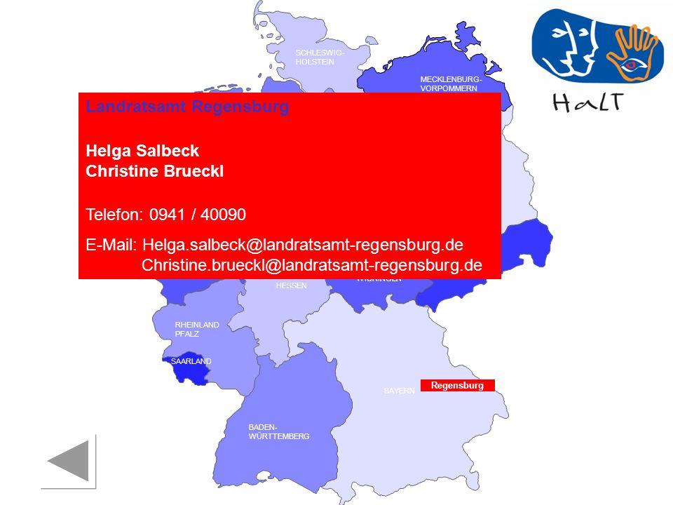 Landratsamt Regensburg Helga Salbeck Christine Brueckl