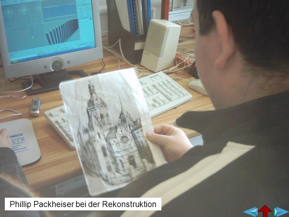 Phillip Packheiser bei der Rekonstruktion