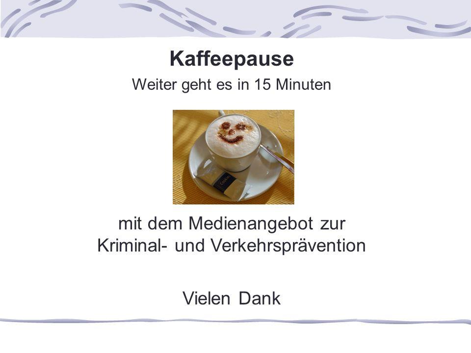 Kaffeepause mit dem Medienangebot zur Kriminal- und Verkehrsprävention