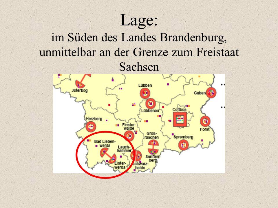Lage: im Süden des Landes Brandenburg, unmittelbar an der Grenze zum Freistaat Sachsen