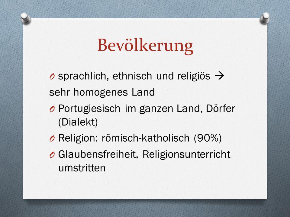 Bevölkerung sprachlich, ethnisch und religiös  sehr homogenes Land