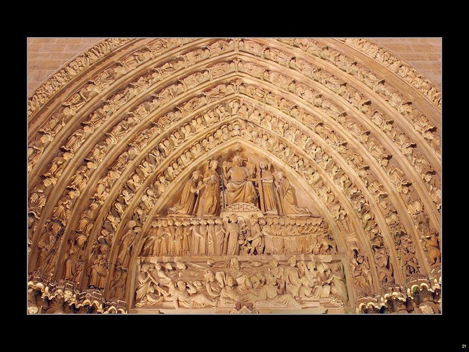 Notre Dame, como todas las iglesias medievales, estaba completamente decorada con frescos en el interior. El uso del color era una forma de dar gloria a Dios y vida a las esculturas.