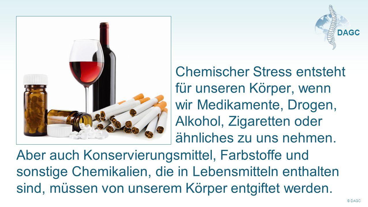 Chemischer Stress entsteht für unseren Körper, wenn wir Medikamente, Drogen, Alkohol, Zigaretten oder ähnliches zu uns nehmen.
