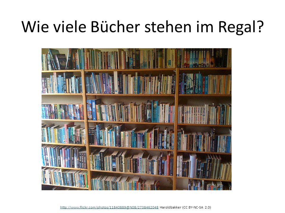 Wie viele Bücher stehen im Regal