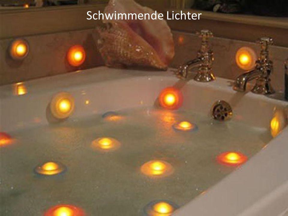 Schwimmende Lichter
