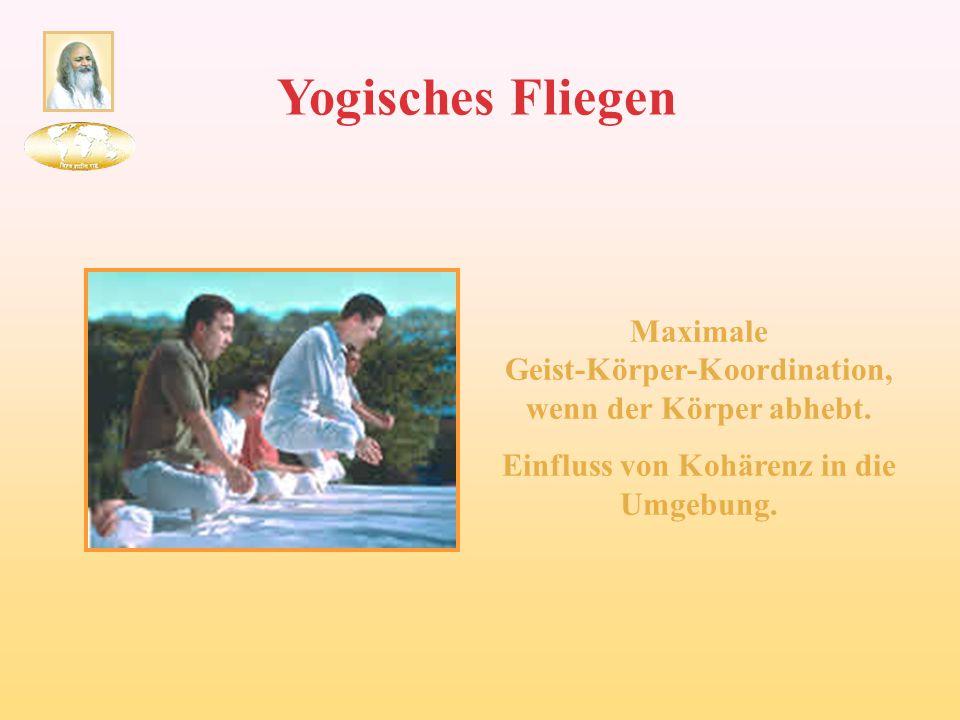 Yogisches Fliegen Maximale Geist-Körper-Koordination, wenn der Körper abhebt.