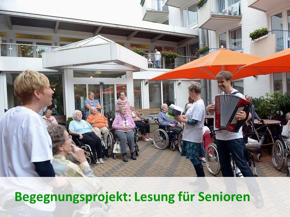Begegnungsprojekt: Lesung für Senioren