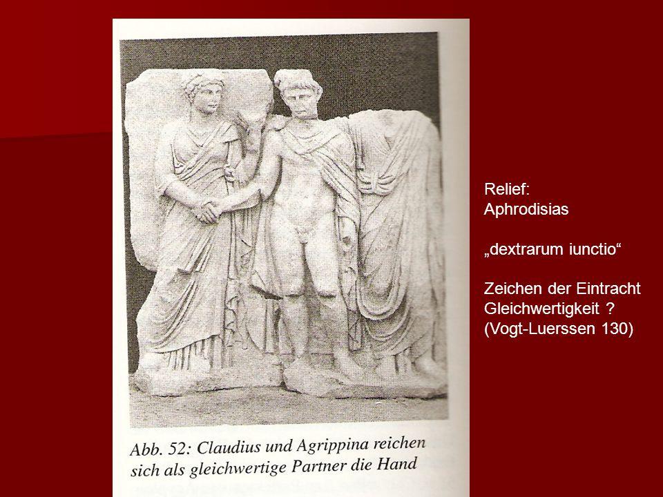 """"""" Relief: Aphrodisias """"dextrarum iunctio Zeichen der Eintracht"""