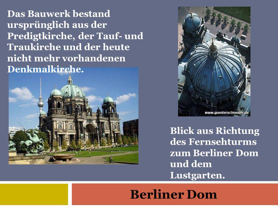 Das Bauwerk bestand ursprünglich aus der Predigtkirche, der Tauf- und Traukirche und der heute nicht mehr vorhandenen Denkmalkirche.