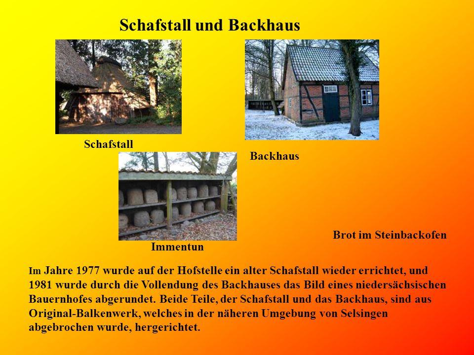 Schafstall und Backhaus