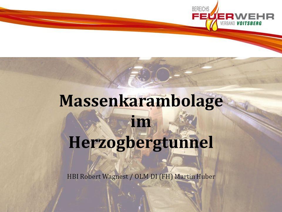Massenkarambolage im Herzogbergtunnel