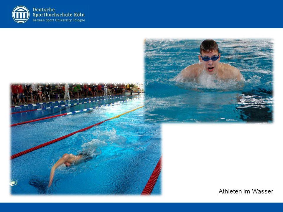 Athleten im Wasser