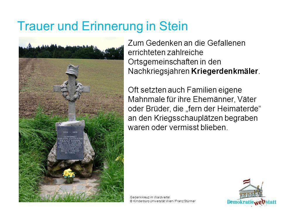 Trauer und Erinnerung in Stein