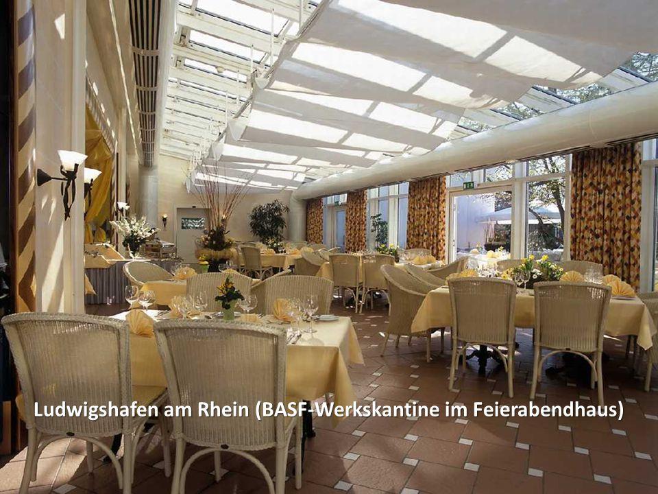 Ludwigshafen am Rhein (BASF-Werkskantine im Feierabendhaus)