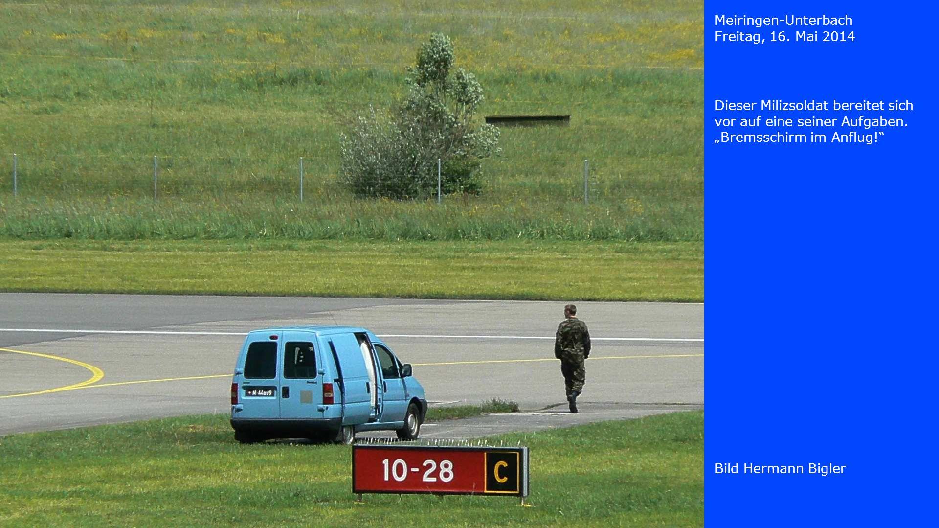 Meiringen-Unterbach Freitag, 16. Mai 2014. Dieser Milizsoldat bereitet sich vor auf eine seiner Aufgaben.