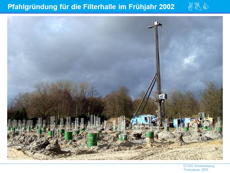 Pfahlgründung für die Filterhalle im Frühjahr 2002