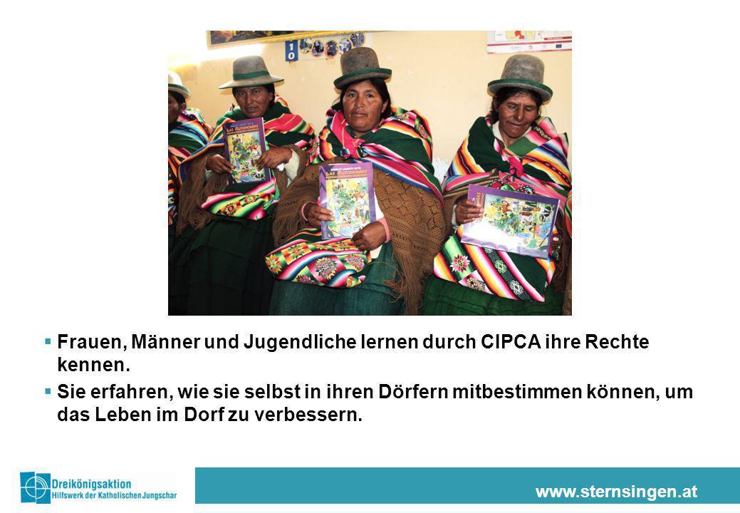 Frauen, Männer und Jugendliche lernen durch CIPCA ihre Rechte kennen.