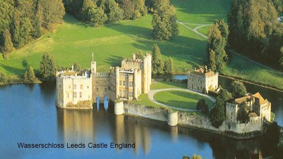 Wasserschloss Leeds Castle England