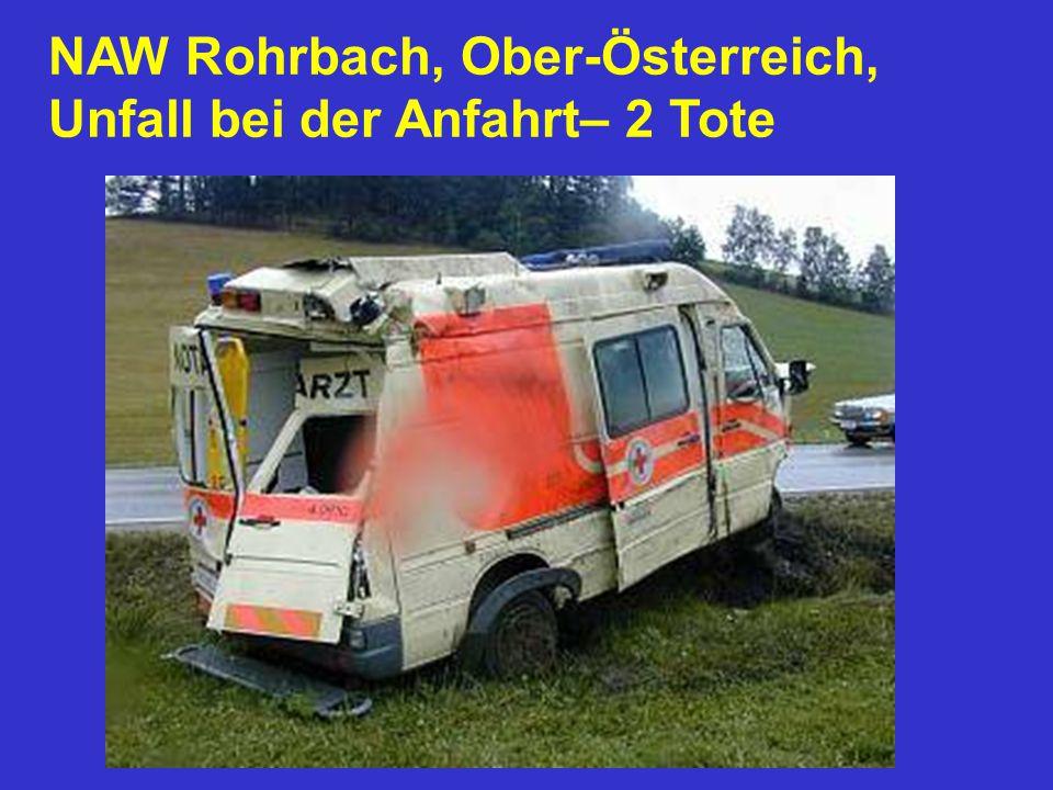 NAW Rohrbach, Ober-Österreich, Unfall bei der Anfahrt– 2 Tote