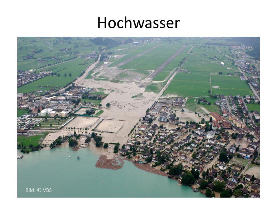 Hochwasser Die nötigen Informationen können den Lückentexten entnommen werden.