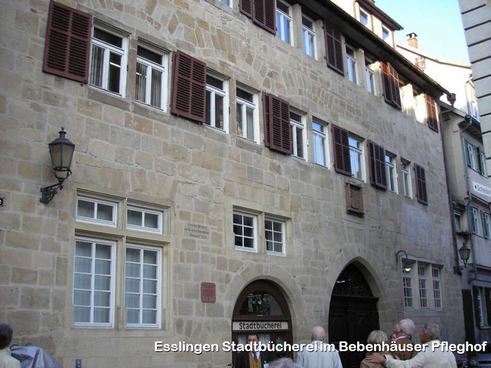 Esslingen Stadtbücherei im Bebenhäuser Pfleghof