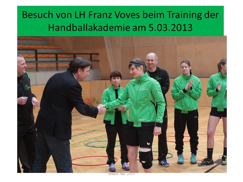 Besuch von LH Franz Voves beim Training der Handballakademie am 5. 03