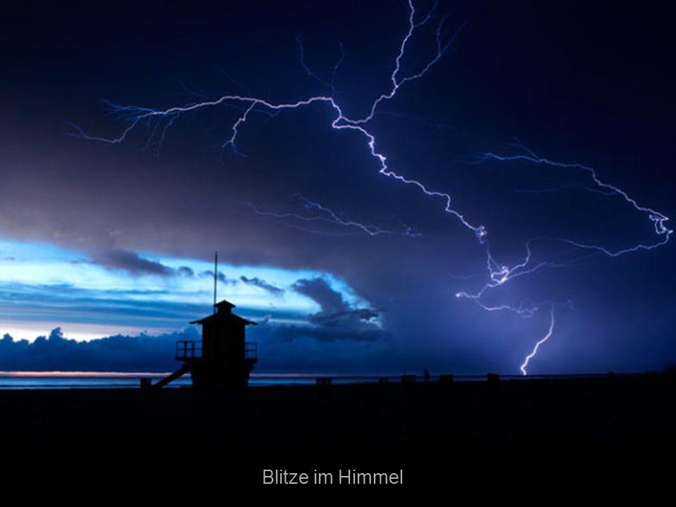 Blitze im Himmel