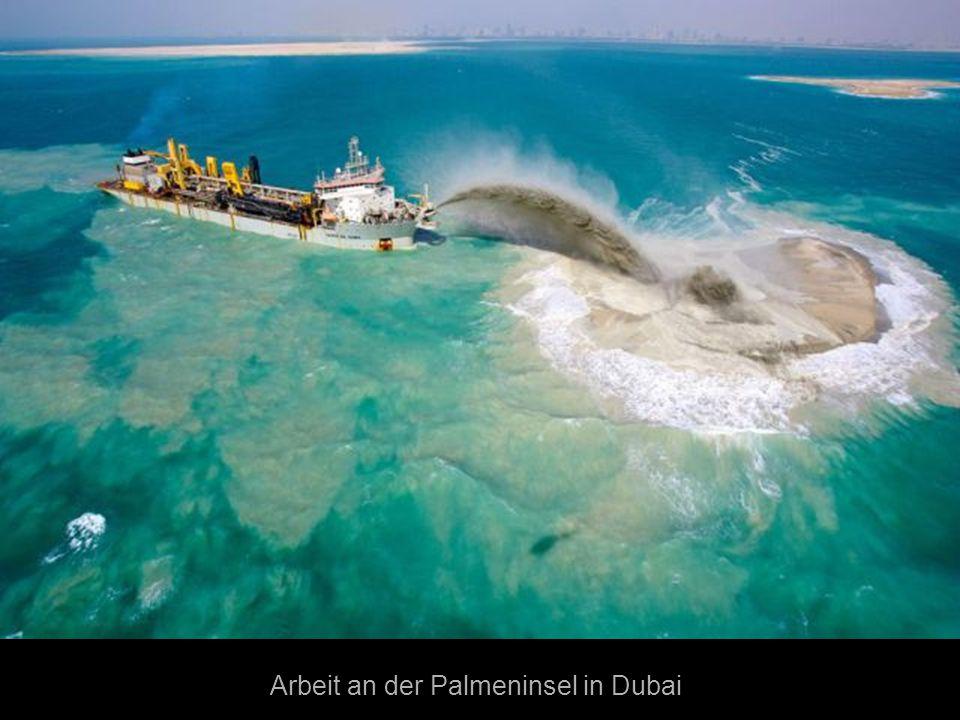 Arbeit an der Palmeninsel in Dubai