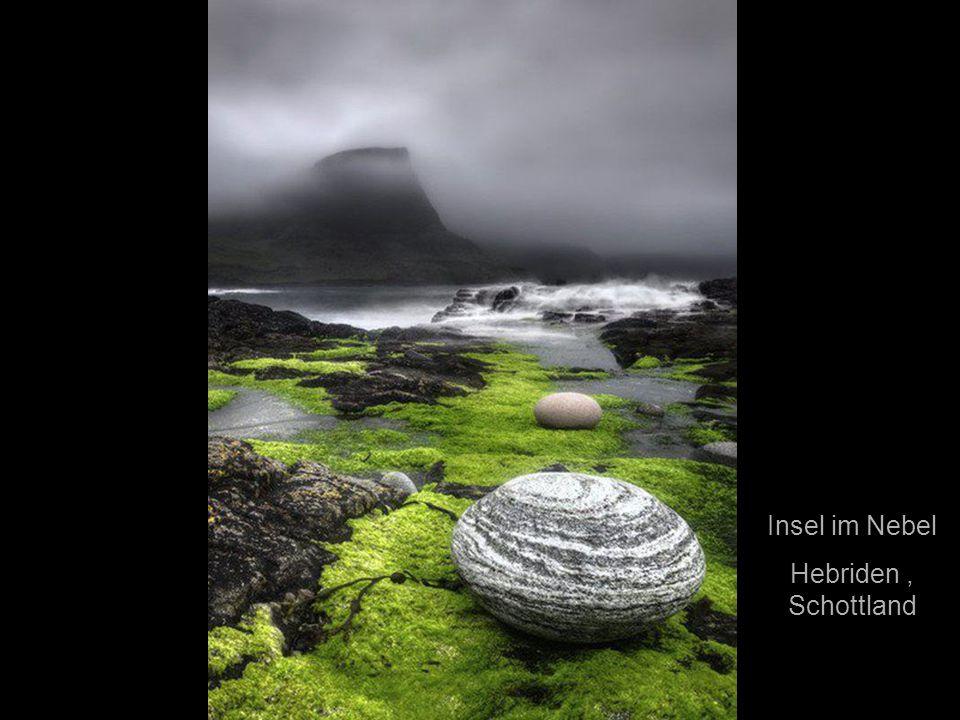 Insel im Nebel Hebriden , Schottland