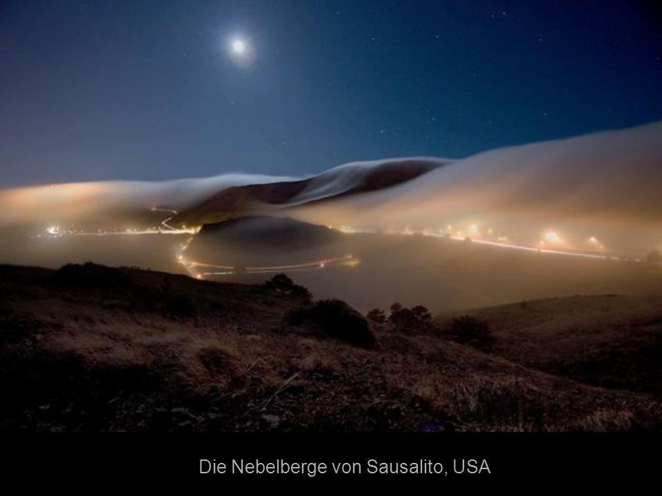 Die Nebelberge von Sausalito, USA