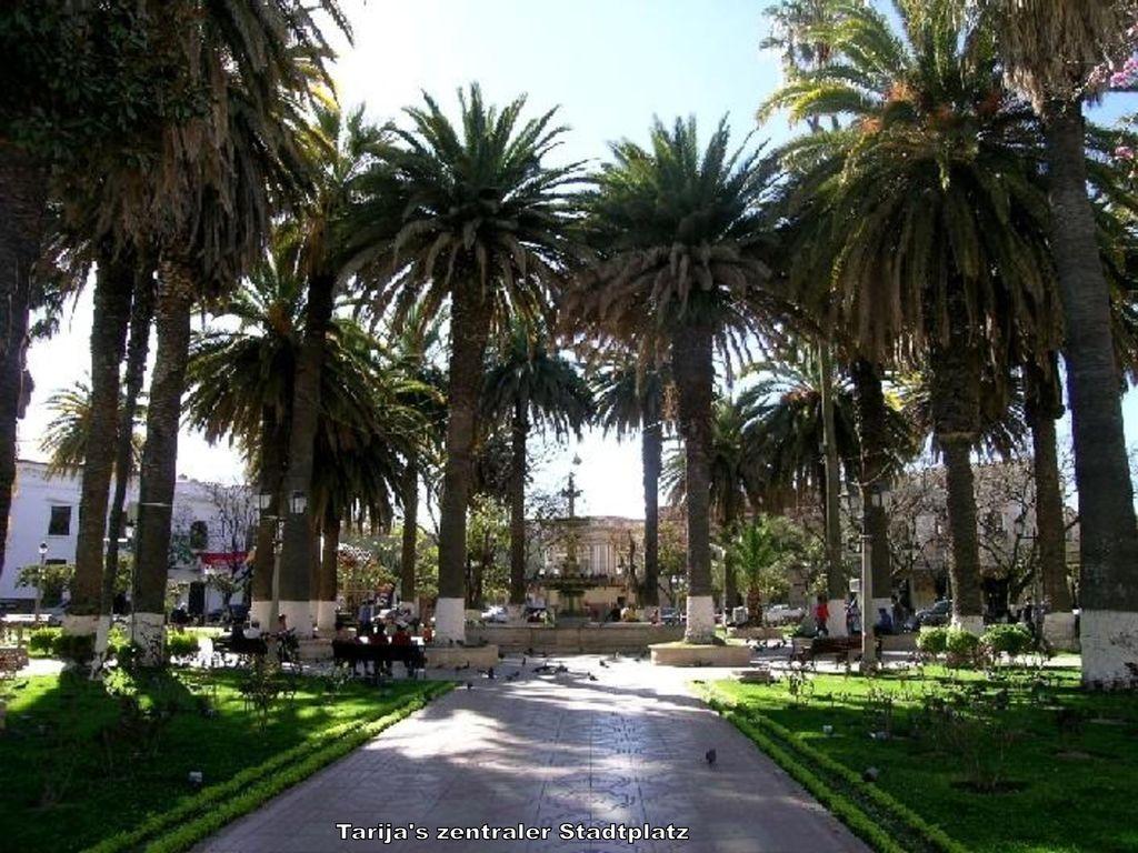 Tarija s zentraler Stadtplatz