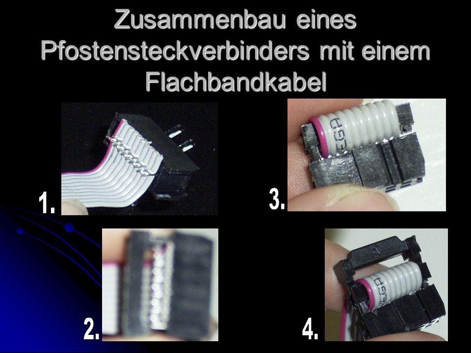 Zusammenbau eines Pfostensteckverbinders mit einem Flachbandkabel