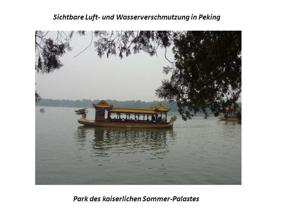 Sichtbare Luft- und Wasserverschmutzung in Peking