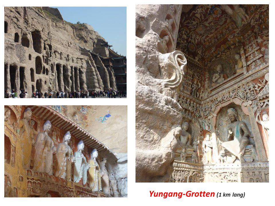 Yungang-Grotten (1 km lang)