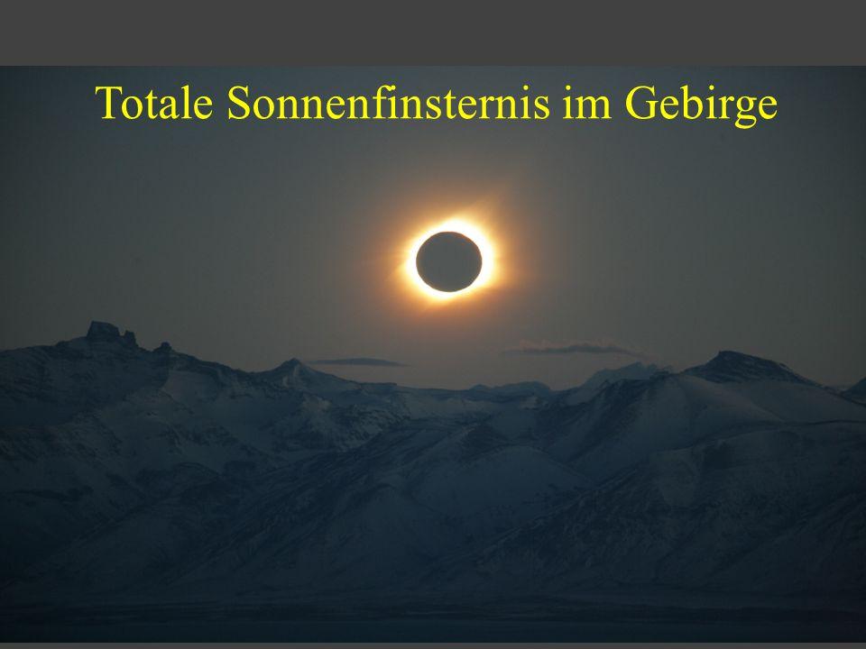 Totale Sonnenfinsternis im Gebirge