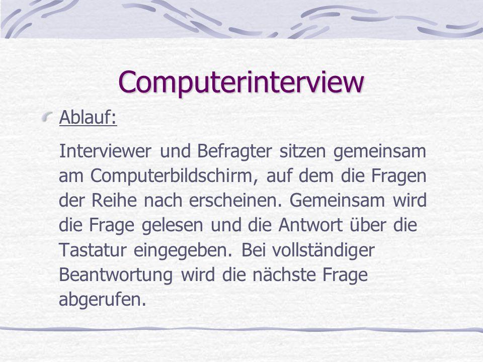 Computerinterview Ablauf: Interviewer und Befragter sitzen gemeinsam
