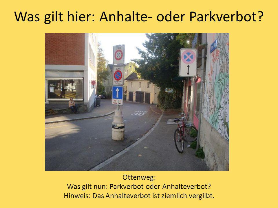 Was gilt hier: Anhalte- oder Parkverbot