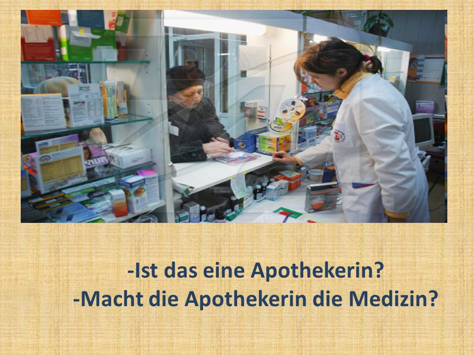 -Ist das eine Apothekerin -Macht die Apothekerin die Medizin