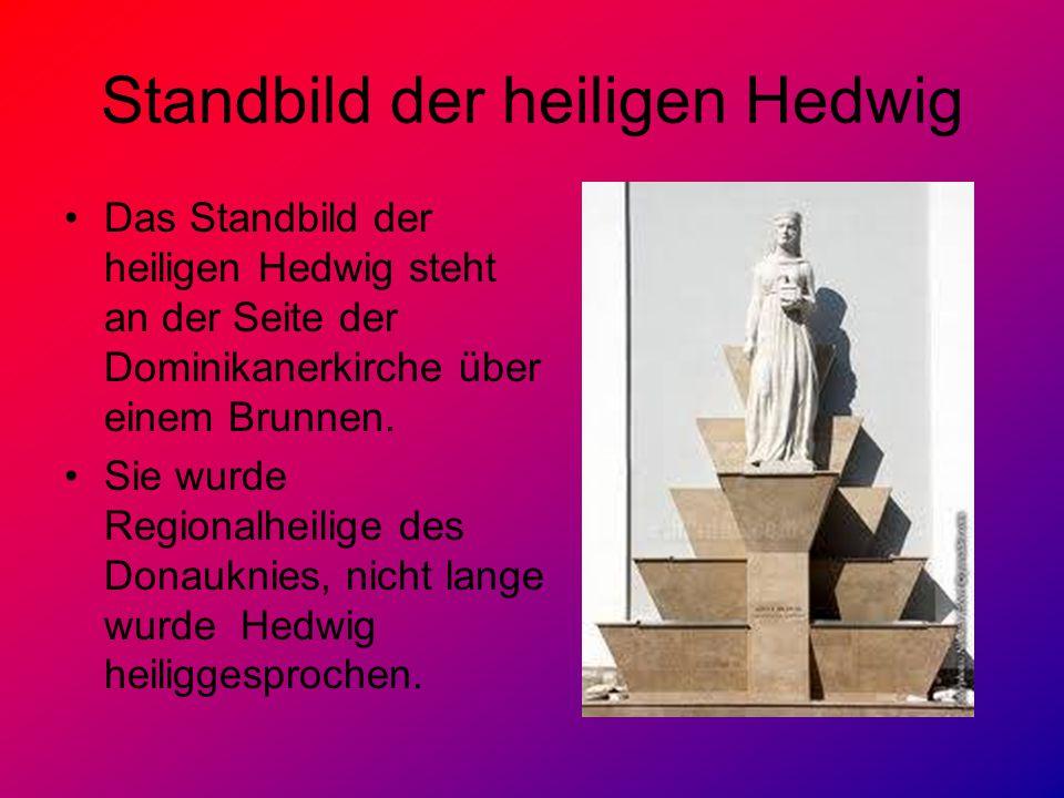 Standbild der heiligen Hedwig