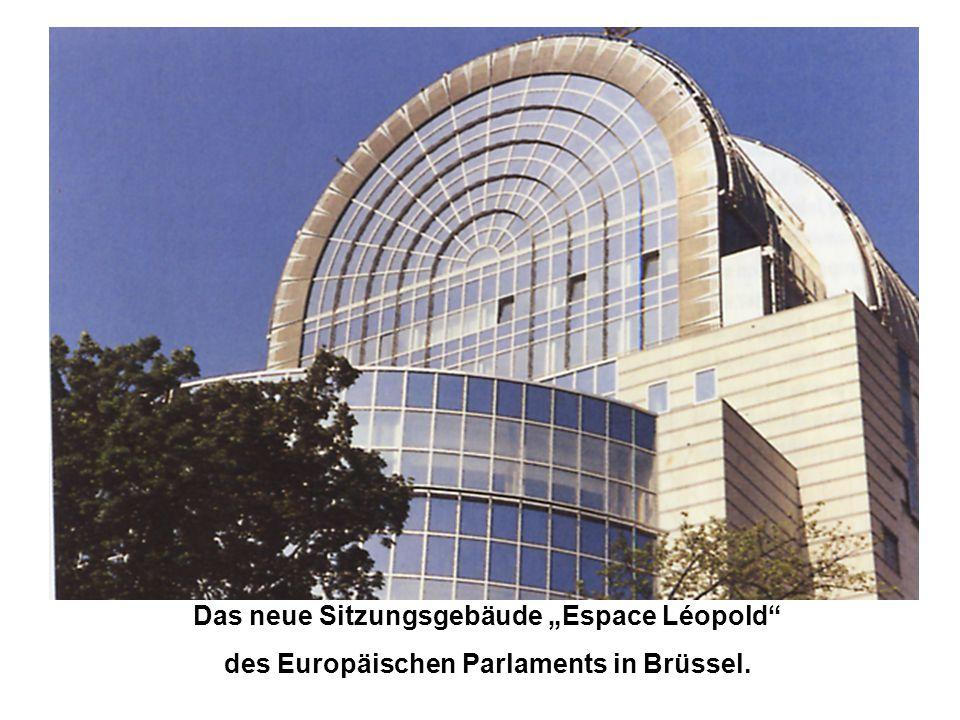 """Das neue Sitzungsgebäude """"Espace Léopold"""