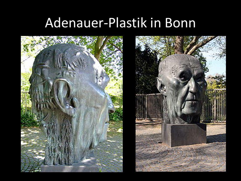 Adenauer-Plastik in Bonn