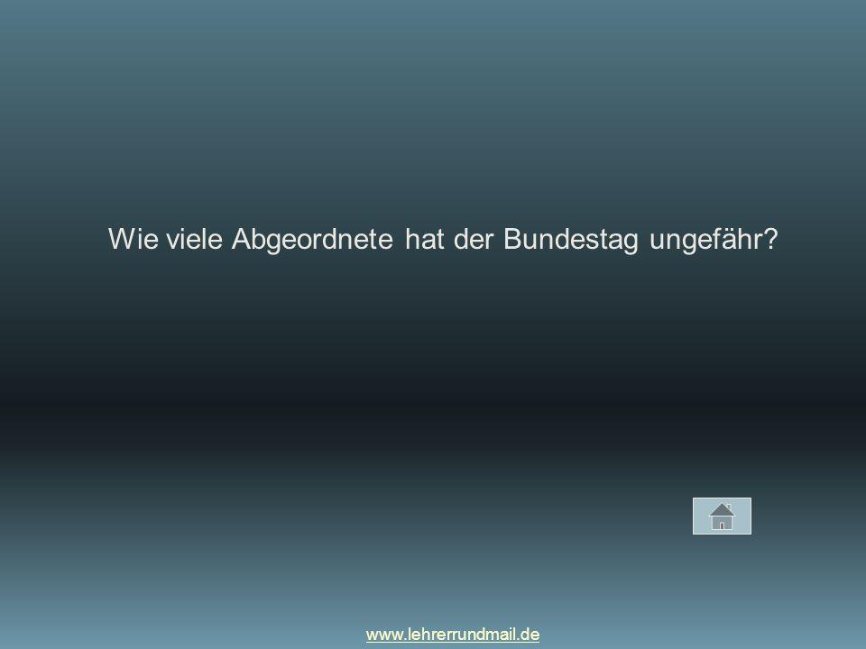 Wie viele Abgeordnete hat der Bundestag ungefähr