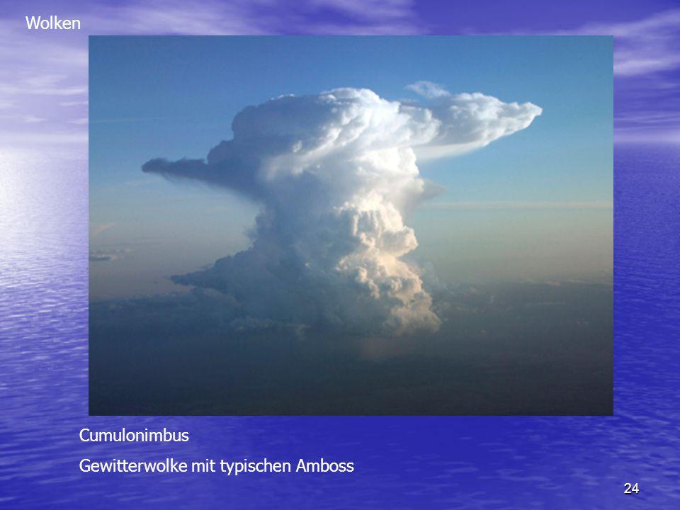 Wolken Cumulonimbus Gewitterwolke mit typischen Amboss