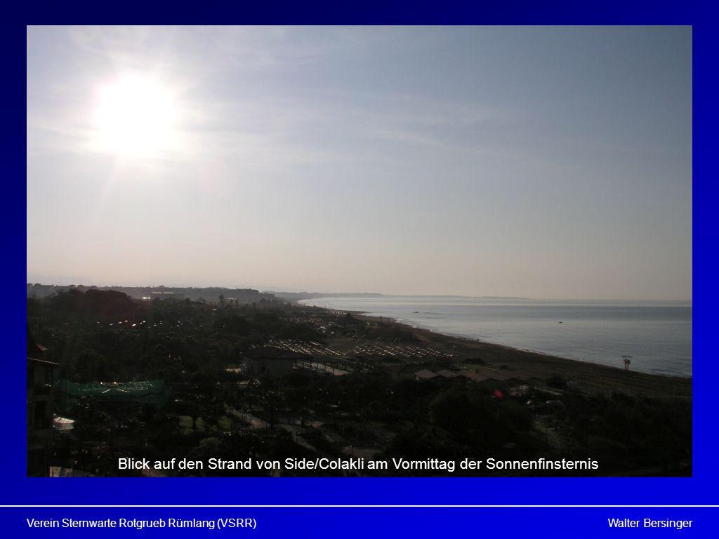 Blick auf den Strand von Side/Colakli am Vormittag der Sonnenfinsternis