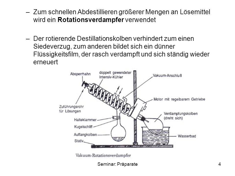 Zum schnellen Abdestillieren größerer Mengen an Lösemittel wird ein Rotationsverdampfer verwendet