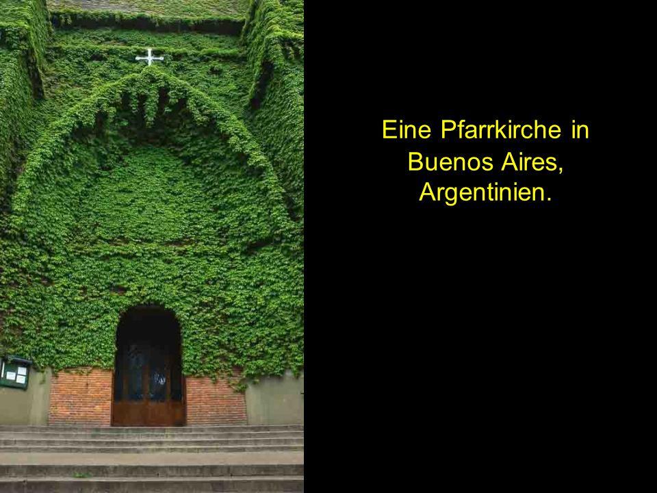 Eine Pfarrkirche in Buenos Aires, Argentinien.